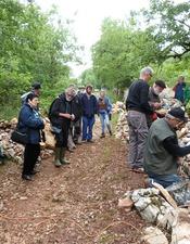 Construction du chemin-livre / Chantier pierre sèche