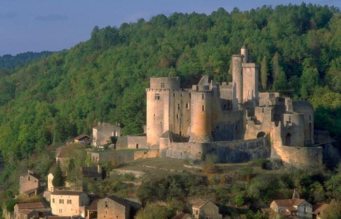 GR36 de Laramière à Bonaguil, par Saint Cirq Lapopie, Cahors et la vallée du Lot 4 - Laramière